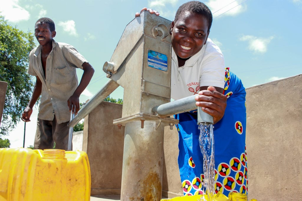 Enelesi at the new water point