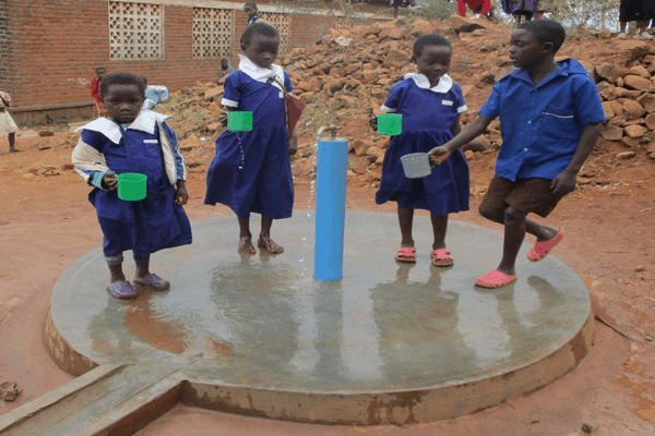 Children by new water point